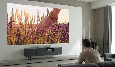 Проектор LG HU85L 4K требует простого 2-дюймового зазора