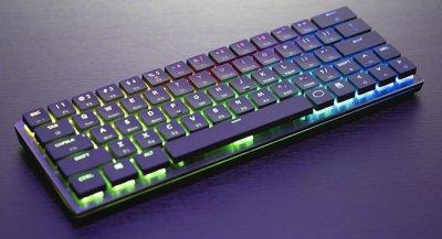 Cooler Master выпускает Bluetooth механическую клавиатуру SK621